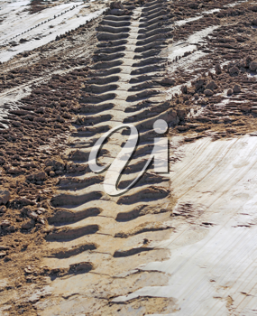 tire tracks perspective prints in clay