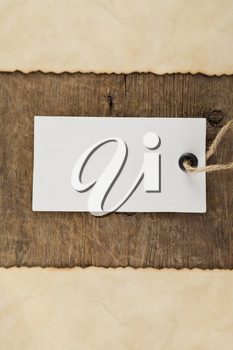 tag price on wood background texture