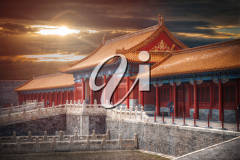Forbidden City is the largest palace complex in the world. Located in the heart of Beijing, near the main square of Tiananmen